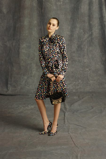 images/cast/10151801995812035=Pre-Fall 2014 COLOUR'S COMPANY fabrics x=moschino